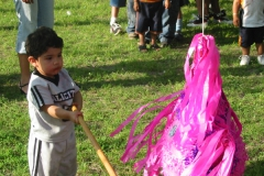 pinata_swinging5